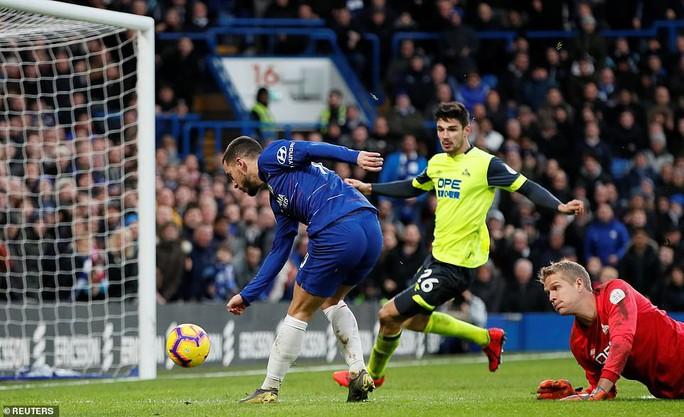 Higuain đại náo Stamford Bridge, Chelsea trở lại đường đua Ngoại hạng - Ảnh 5.