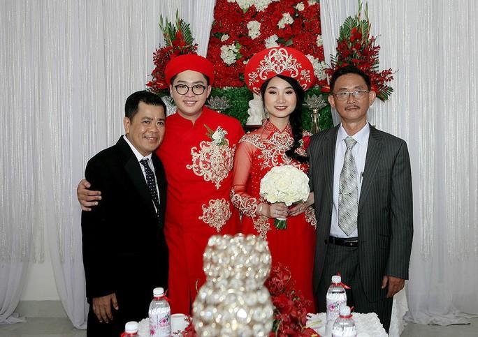 Con trai cố danh hài Mạnh Tràng tiếp quản Sân khấu kịch Sài Gòn - Ảnh 3.