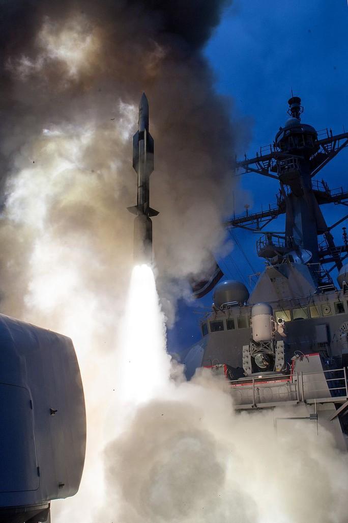 Lộ diện tên lửa có thể hạ gục mọi thứ của hải quân Mỹ - Ảnh 2.