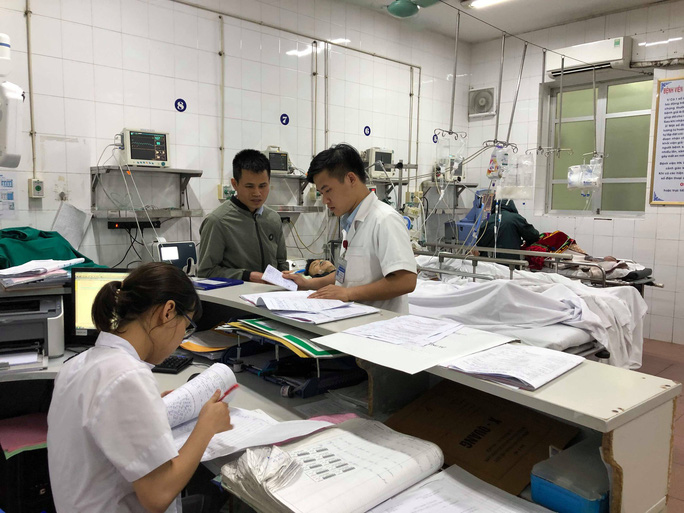 Bộ trưởng Nguyễn Thị Kim Tiến đón em bé chào đời trong đêm giao thừa - Ảnh 11.