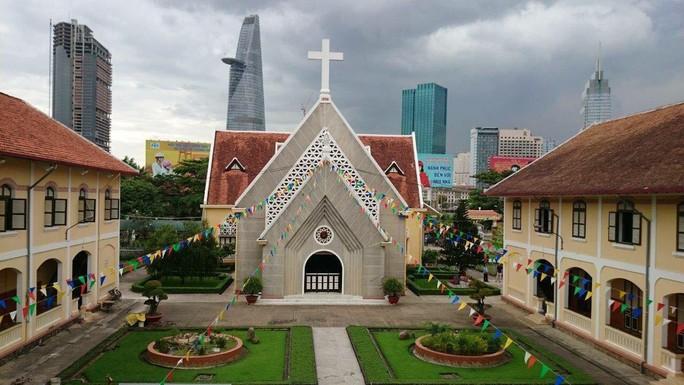 TP HCM giữ lại nhà thờ, các công trình Dòng Mến Thánh giá Thủ Thiêm - Ảnh 1.