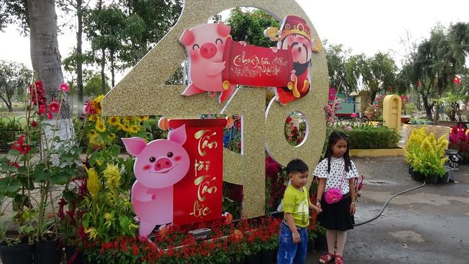 Lục bình, sen lên đường hoa Xuân ở thủ phủ đất Sen hồng Đồng Tháp - Ảnh 11.