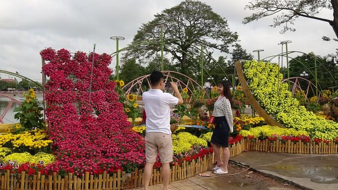 Lục bình, sen lên đường hoa Xuân ở thủ phủ đất Sen hồng Đồng Tháp - Ảnh 7.