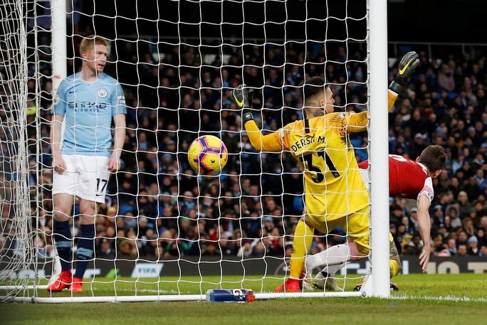 Gục ngã ở Etihad, Arsenal văng khỏi Top 5 - Ảnh 5.