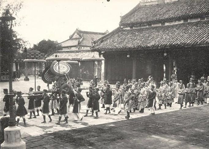 Vua Việt Nam cúng lễ ngày Tết thế nào? - Ảnh 1.