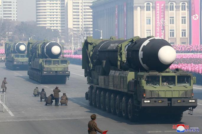 LHQ tung báo cáo không nể mặt trước thềm thượng đỉnh Mỹ - Triều - Ảnh 1.