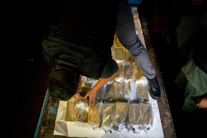 Công ty bí ẩn Thổ Nhĩ Kỳ giúp Venezuela chuyển 900 triệu USD vàng - Ảnh 1.
