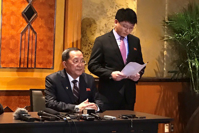 Ngoại trưởng Triều Tiên họp báo lúc 0 giờ tại khách sạn Melia - Ảnh 2.