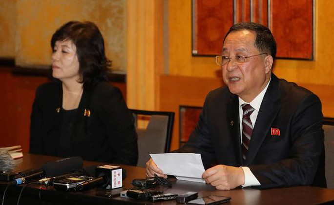 Ngoại trưởng Triều Tiên họp báo lúc 0 giờ tại khách sạn Melia - Ảnh 1.