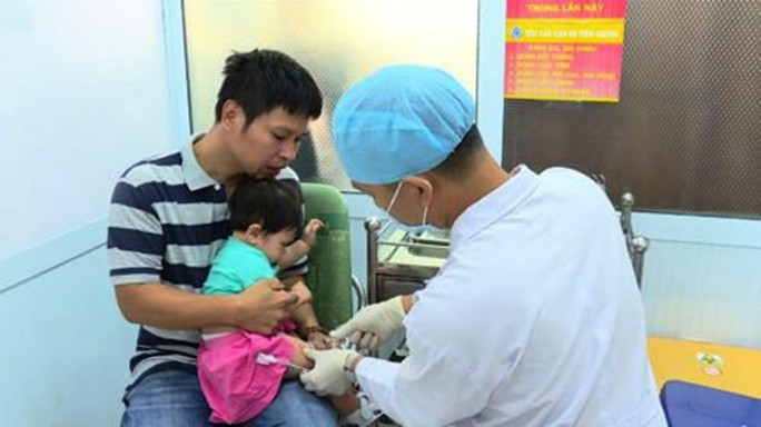Miền Trung: Thiếu vắc-xin phòng bệnh cho trẻ - Ảnh 1.