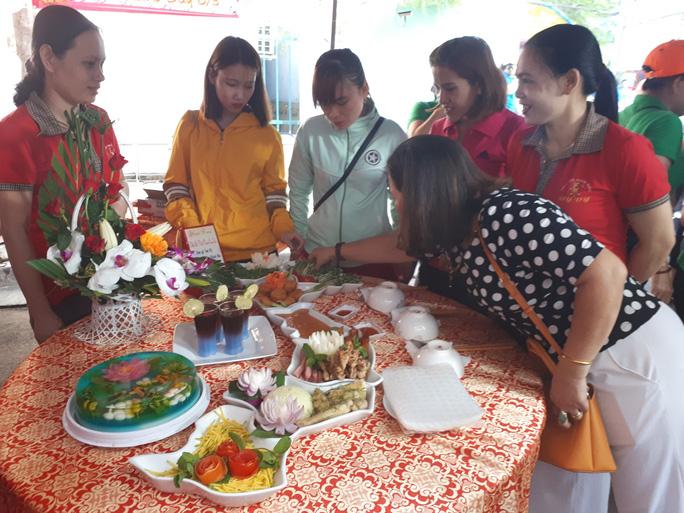 Tưng bừng ngày hội nữ CNVC-LĐ - Ảnh 1.