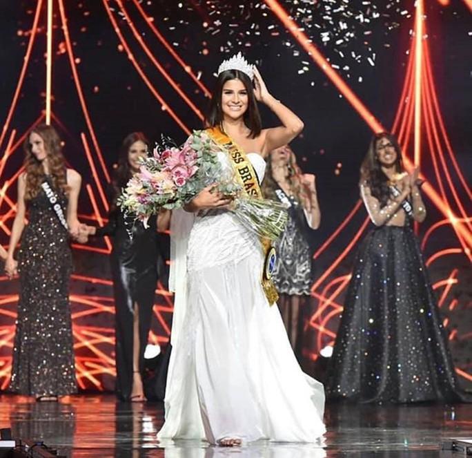 Nhan sắc bốc lửa của tân Hoa hậu Brazil - Ảnh 3.