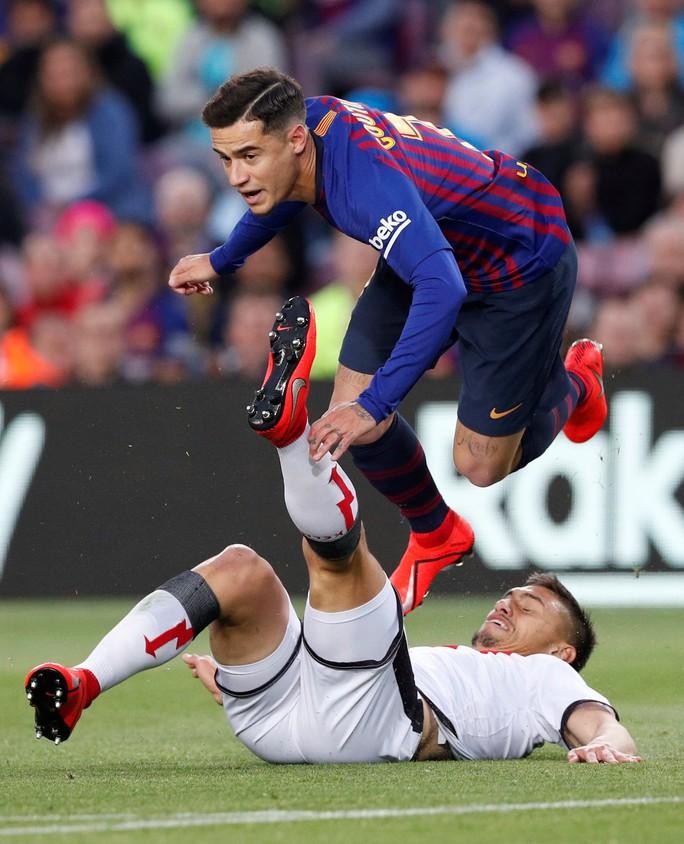 Messi tỏa sáng trước Vallecano, Barcelona chạy đà cho Champions League - Ảnh 2.