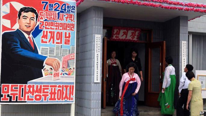 Triều Tiên tiến hành kỳ bầu cử đặc biệt - Ảnh 1.