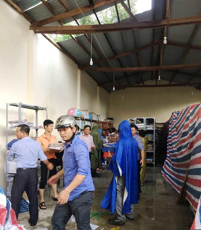 Lốc xoáy dữ dội ở Lâm Đồng đầu mùa mưa - Ảnh 7.