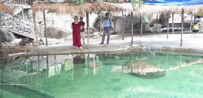 Đà Nẵng: Khu du lịch tiếp tục xây dựng trái phép trên Hải Vân - Ảnh 3.