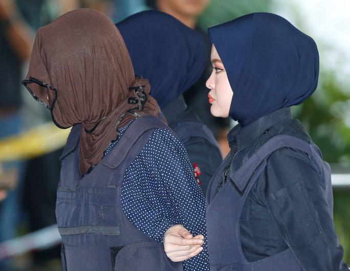 Vụ Kim Jong-nam: Malaysia bất ngờ thả bị cáo Indonesia, Đoàn Thị Hương bị sốc - Ảnh 3.