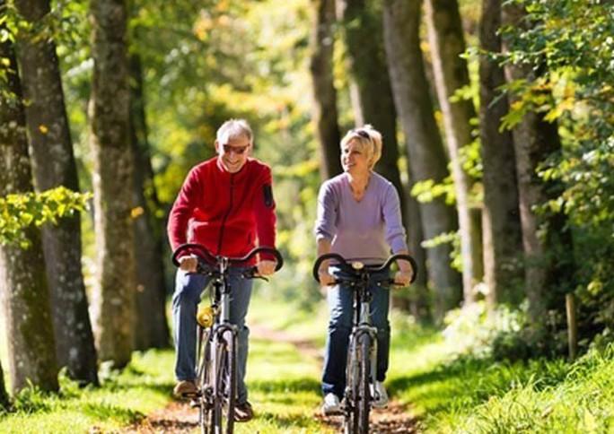 Chỉ cần thay đổi ày, tuổi trung niên sẽ giảm đến 40% nguy cơ chết sớm - Ảnh 1.