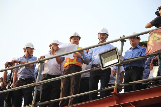 Bí thư Thành ủy TP HCM khảo sát, chỉ đạo liên quan dự án chống ngập 10.000 tỉ đồng - Ảnh 1.
