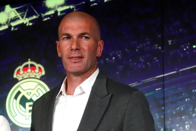 Báo chí thế giới ngỡ ngàng ngày Zidane trở lại Real Madrid - Ảnh 1.