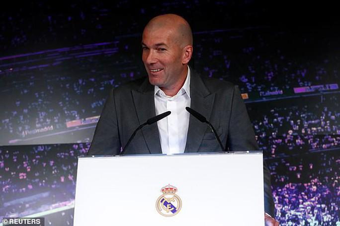 Zidane: Nhận ngân sách tỉ bảng, mơ tái thiết Real Madrid - Ảnh 1.