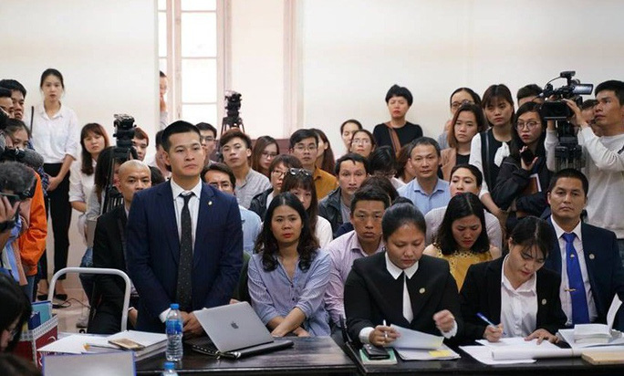 Công ty của chúa đảo Tuần Châu Đào Hồng Tuyển kiện đạo diễn Việt Tú ra tòa - Ảnh 1.