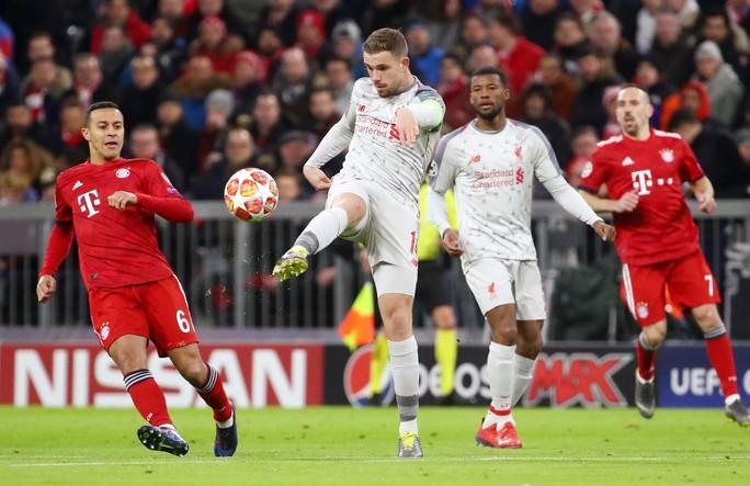 Hạ Bayern ở Hang hùm, Liverpool đoạt vé tứ kết ngỡ ngàng - Ảnh 2.
