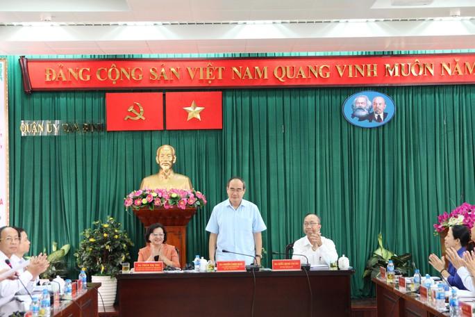 Bí thư Thành ủy TP HCM kết luận nhiều vấn đề nóng ở quận Tân Bình và quận 4 - Ảnh 2.