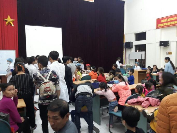 Vụ hàng trăm trẻ nghi ăn thịt bẩn ở Bắc Ninh: Phát hiện 62 cháu nhiễm sán lợn - Ảnh 2.