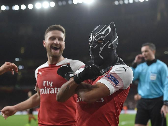 Chiến binh báo đen tỏa sáng, Arsenal ngược dòng hạ Rennes - Ảnh 5.