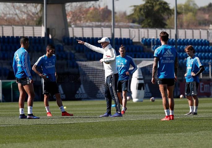 Xem Zidane hồi sinh Real Madrid - Ảnh 1.