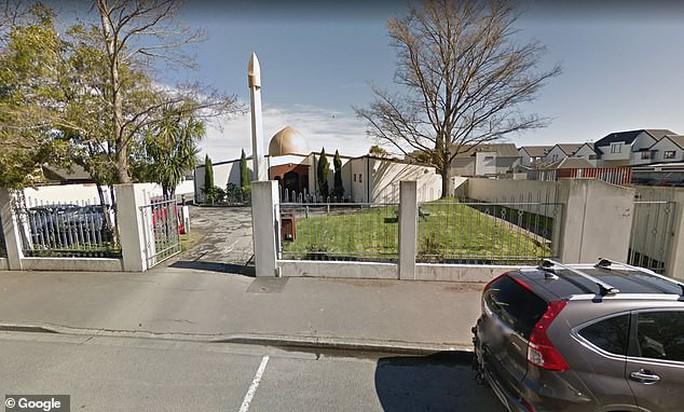 Xả súng 49 người chết ở New Zealand: Hung thủ livestream quá trình thực hiện tội ác - Ảnh 6.