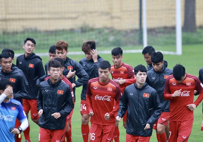 HLV Park Hang-seo loại 5 người, phân vân lựa chọn 6 tiền đạo - Ảnh 1.
