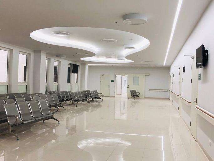 Hơn 100 y, bác sĩ được điều động về bệnh viện ngàn tỉ của Bộ Y tế - Ảnh 4.