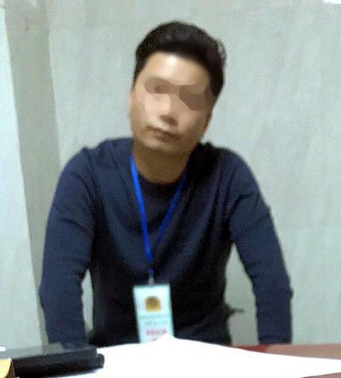 Vụ nữ sinh viên bị sàm sỡ trong thang máy: Ông Đ.M.H. 2 lần thất hẹn đến xin lỗi - Ảnh 1.