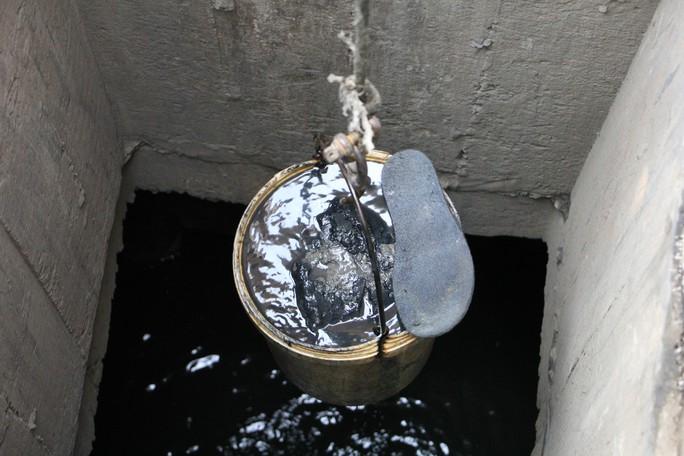 Người trẻ Sài Gòn chui xuống cống xem dưới đó có gì? - Ảnh 4.