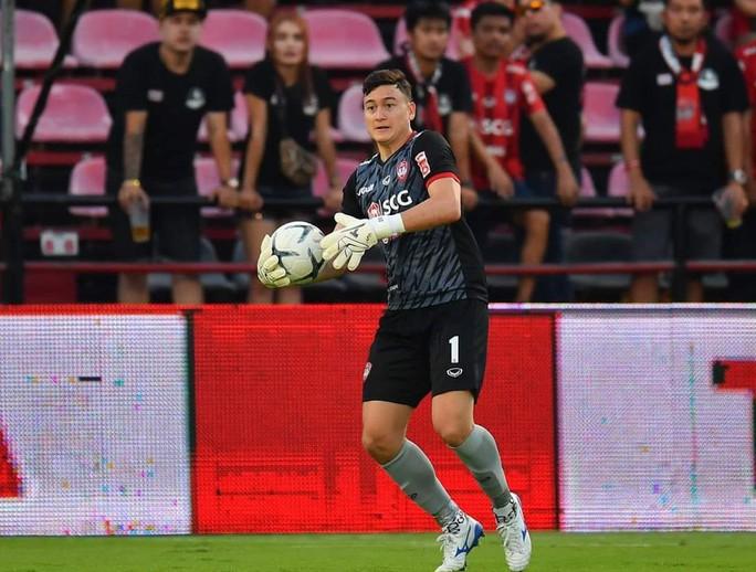 Đặng Văn Lâm giữ sạch lưới, Muangthong thắng ở cúp FA Thái - Ảnh 2.