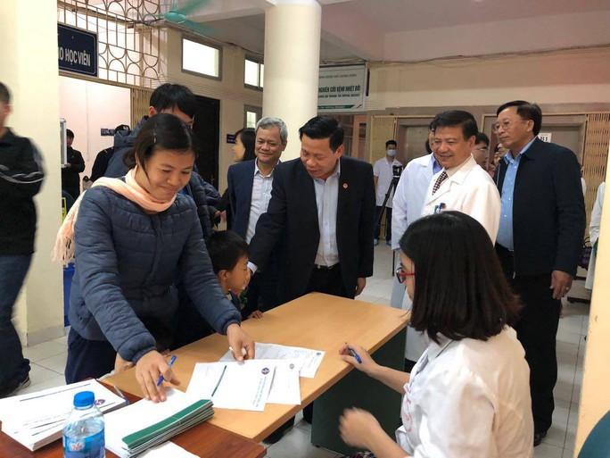 Gần 1.700 trẻ được xét nghiệm nhiễm sán lợn: Lãnh đạo tỉnh Bắc Ninh làm việc với bệnh viện - Ảnh 1.