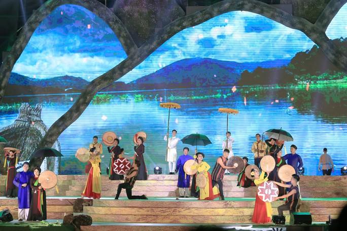 Đông Nhi, Noo Phước Thịnh... cháy hết mình tại đêm bế mạc Lễ hội Cà phê - Ảnh 6.
