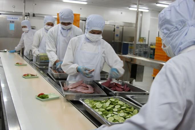 Khám phá bếp ăn đặc biệt làm 22.000 suất ăn/ngày cho các chuyến bay - Ảnh 9.