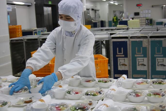 Khám phá bếp ăn đặc biệt làm 22.000 suất ăn/ngày cho các chuyến bay - Ảnh 10.