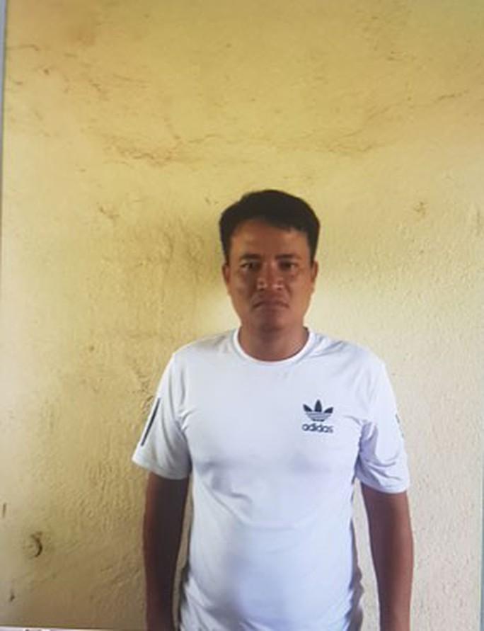 Vụ xưng nhà báo tống tiền CSGT Tiền Giang: Dấu hiệu bỏ lọt tội phạm - Ảnh 3.