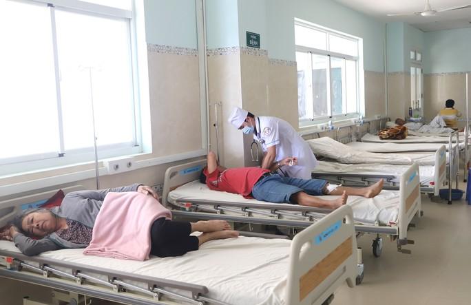 Bệnh viện II Lâm Đồng chậm tiến độ, đội vốn hơn 150 tỉ đồng - Ảnh 5.