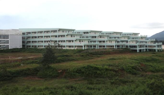 Bệnh viện II Lâm Đồng chậm tiến độ, đội vốn hơn 150 tỉ đồng - Ảnh 7.