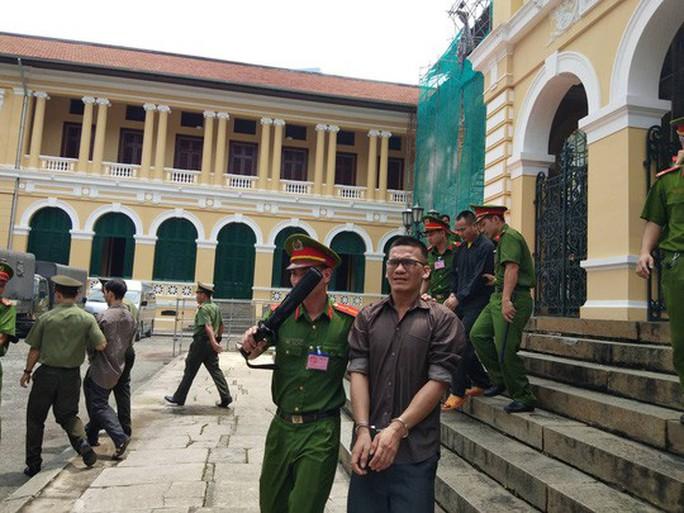 Y án sơ thẩm với 5 thành viên Liên minh dân tộc Việt Nam - Ảnh 2.