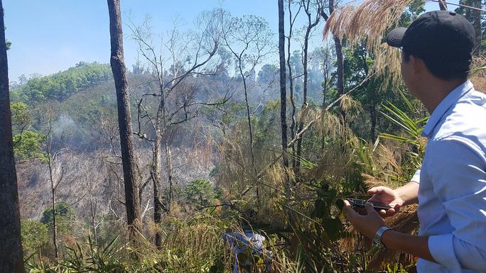200 người đang chữa cháy rừng ở Gia Lai - Ảnh 3.