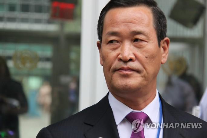 Đại sứ Triều Tiên ở các nước bất ngờ đồng loạt về nước - Ảnh 1.