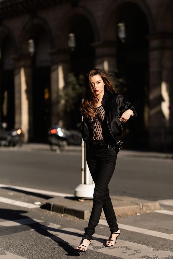 Hồ Ngọc Hà gợi cảm giữa Paris fashion week - Ảnh 3.