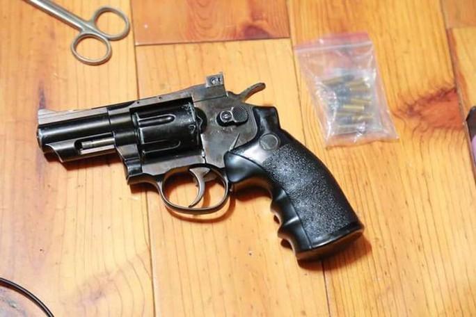 Nhóm buôn ma túy ở Bình Dương luôn thủ sẵn hàng nóng - Ảnh 3.