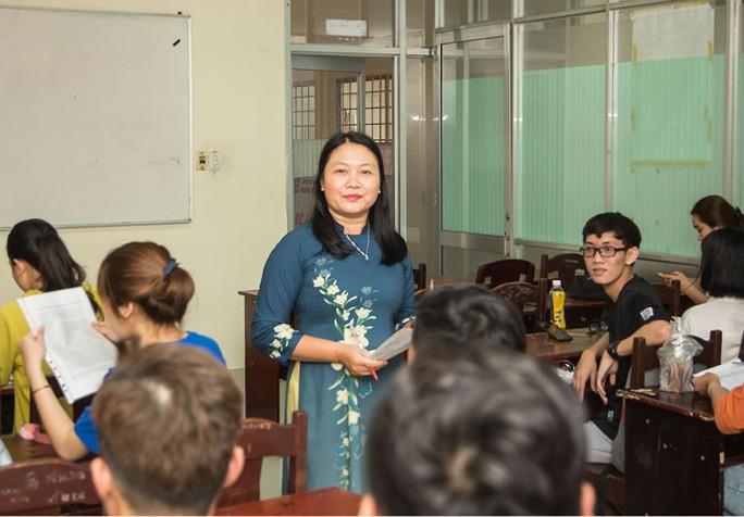 Giảng viên ngành Việt Nam học trăn trở nghiệp dạy học - Ảnh 1.